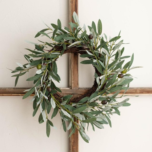 small olive wreath