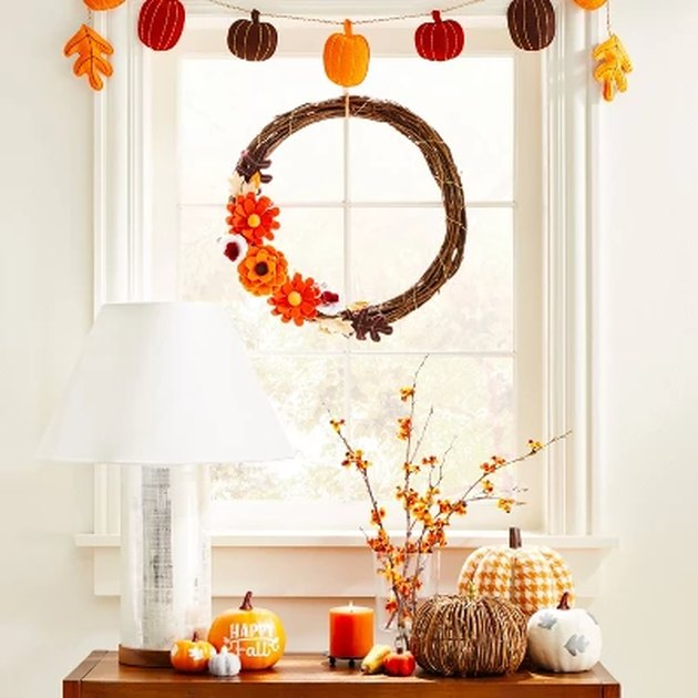 harvest decor scene