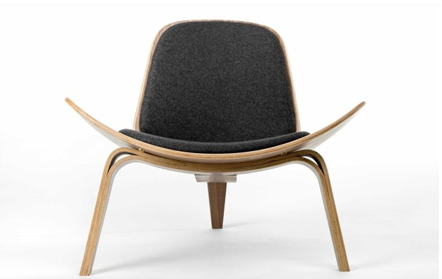 bauhaus furniture style chair with light wood
