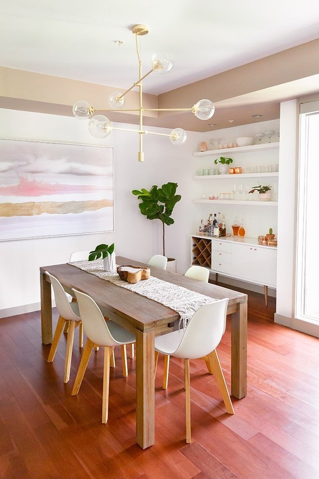 Midcentury dining room idea with contemporary decor