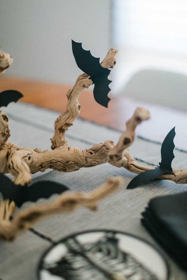This bat-themed centerpiece is perfect for your next Halloween party.