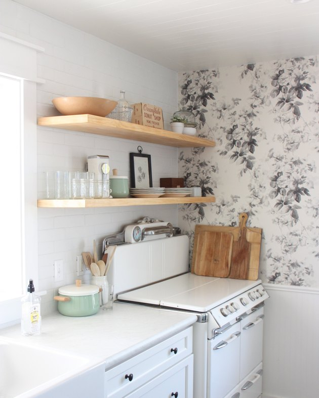 Small Kitchen Pantry Accent Wall Ideas: Kitchen Accent Wall Ideas: Advice And Inspiration