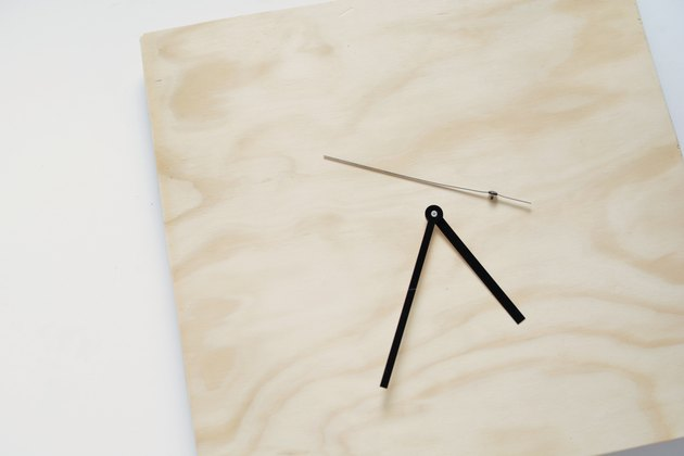 DIY plywood clock