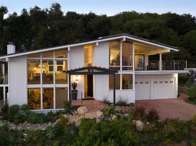exterior of modern home in santa barbara with glass front