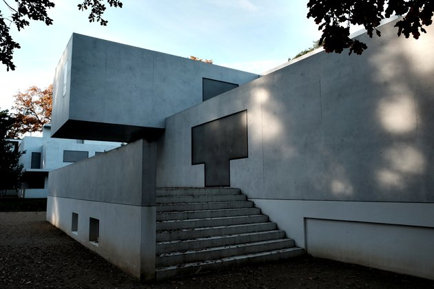 Bauhaus architecture with streamlined visuals and steps