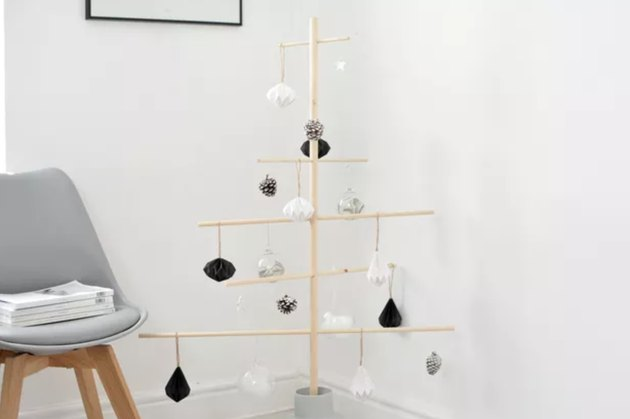 Christmas decor idea with wooden dowel DIY tree