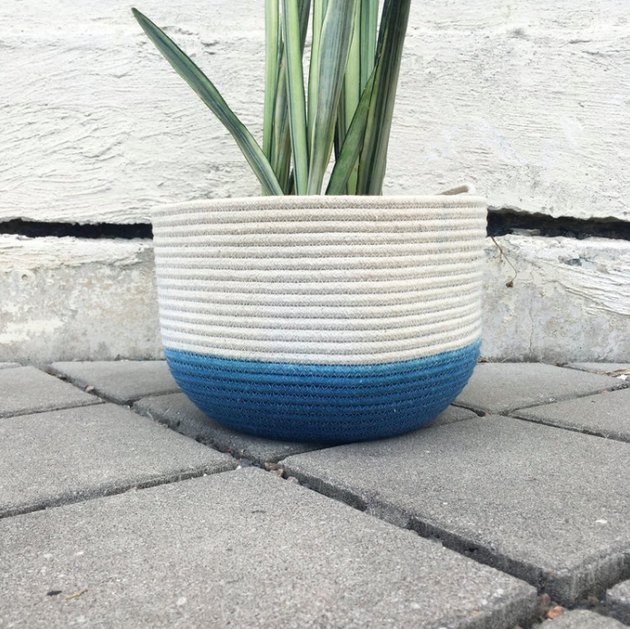 dyed rope plant basket