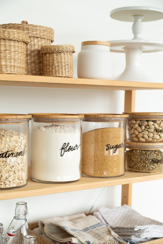 How to Hand Letter Glass Jars for Pantry Storage