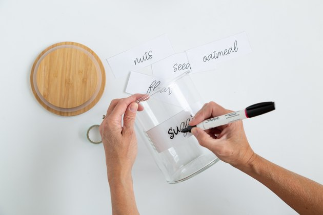 how to hand letter glass jars