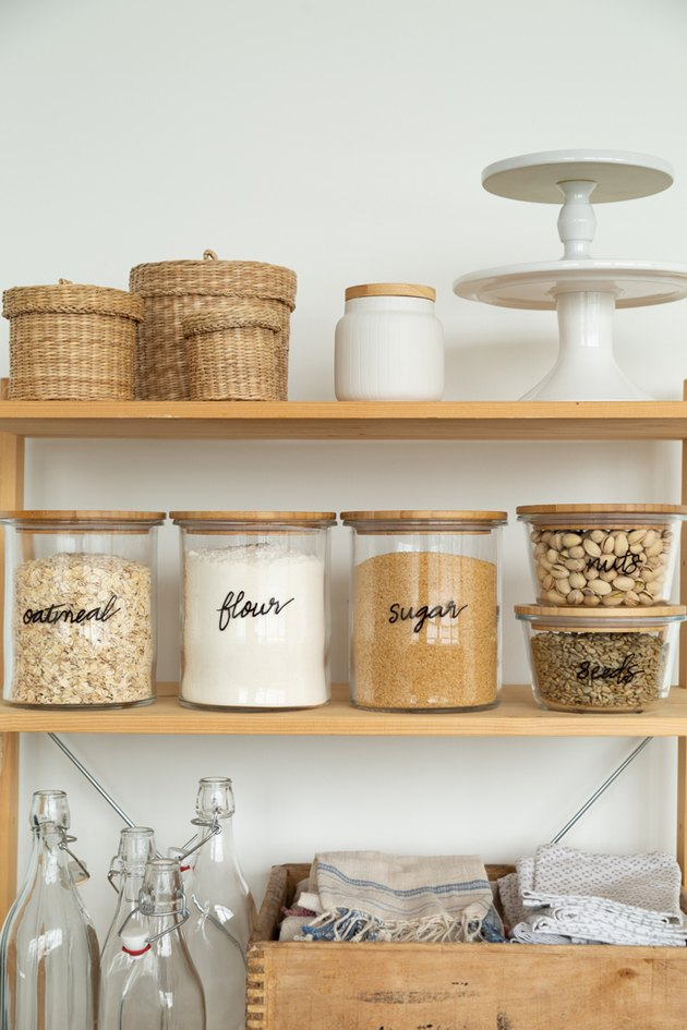 How to create hand letter glass storage jars