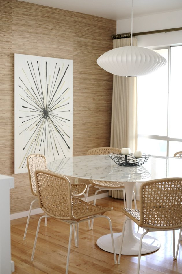 dining room wall idea with textured seagrass wallpaper
