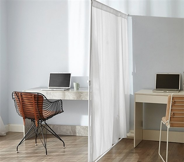 DormCo Extendable Privacy Room Divider