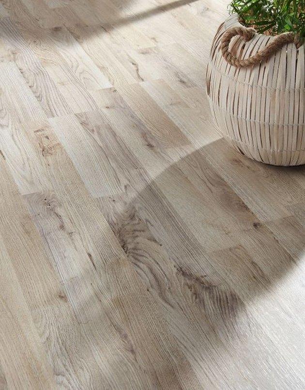 White oak laminate floor.
