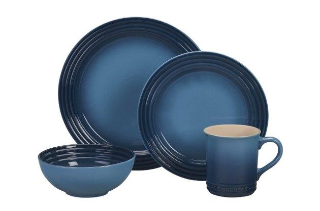 navy dinnersware set