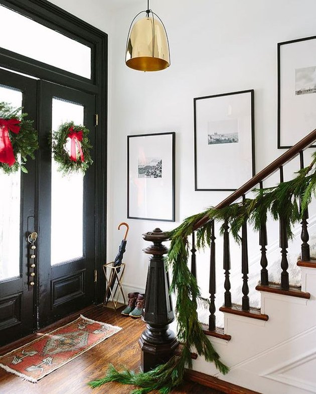 traditional Christmas theme idea with wreaths and garland