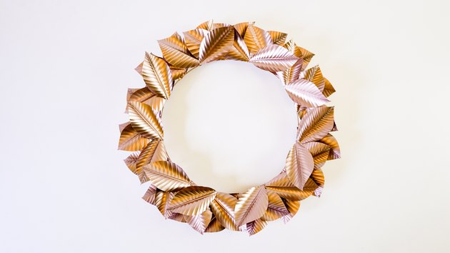DIY Rosegold Wreath Using Recycled Aluminum Cans