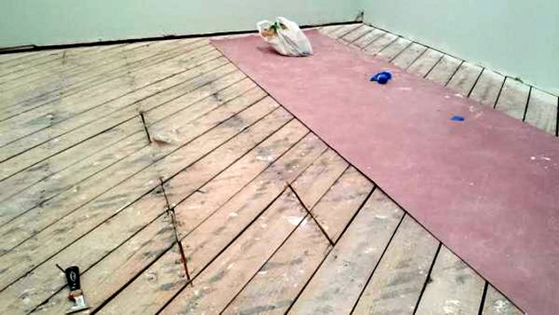 plank subfloor