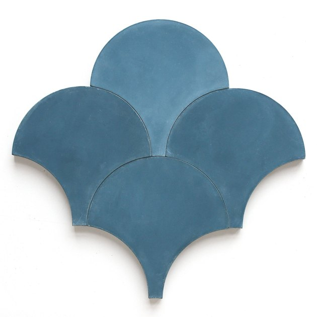 Cobalt scalloped tile