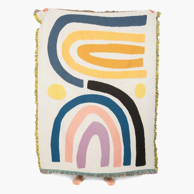arch patterned throw