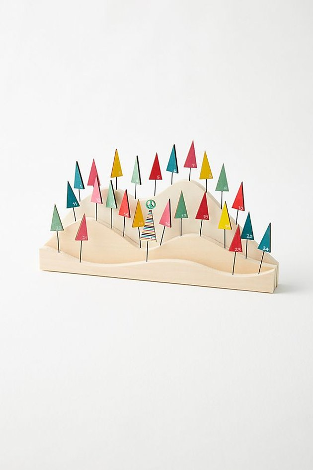 advent calendar in the form of a mountaintop and trees
