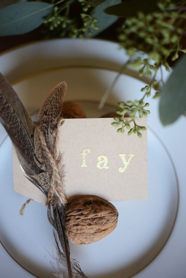 nature-inspired place card holders for fall tablescape