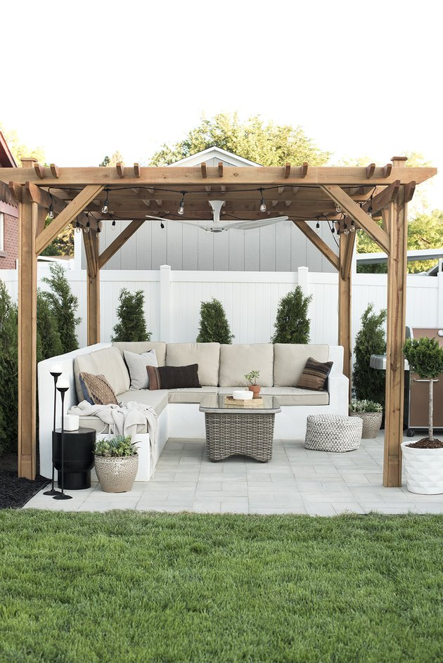 Wood contemporary pergola with outdoor furniture
