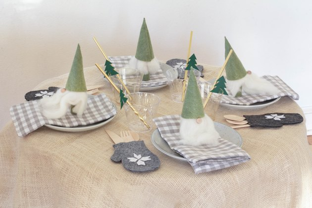 DIY kids Christmas table setting