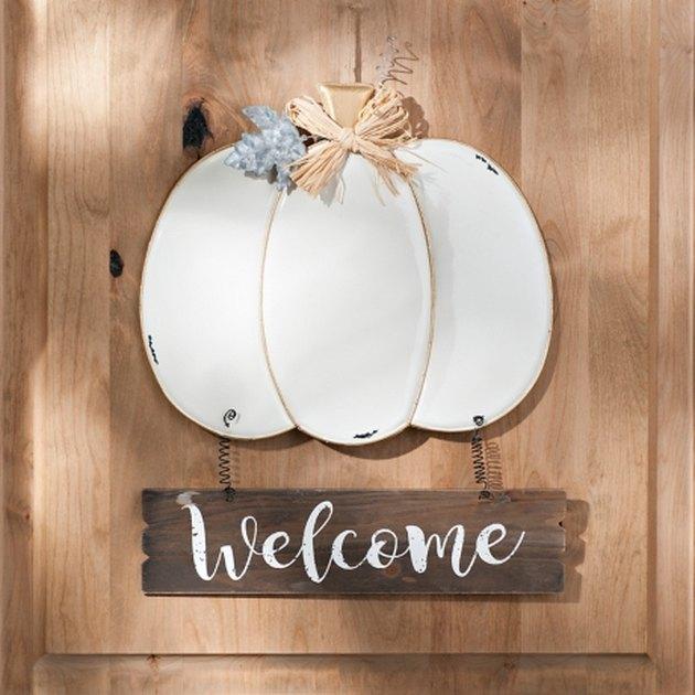 DIY fall inspired front door welcome sign