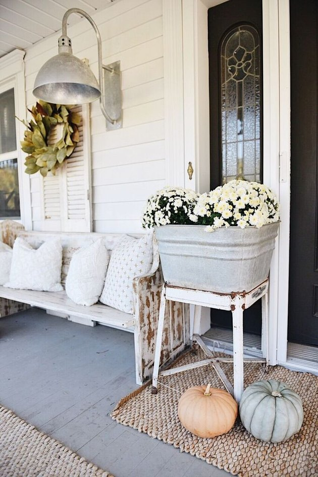 fall front porch seating