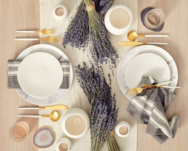 provence tablescape