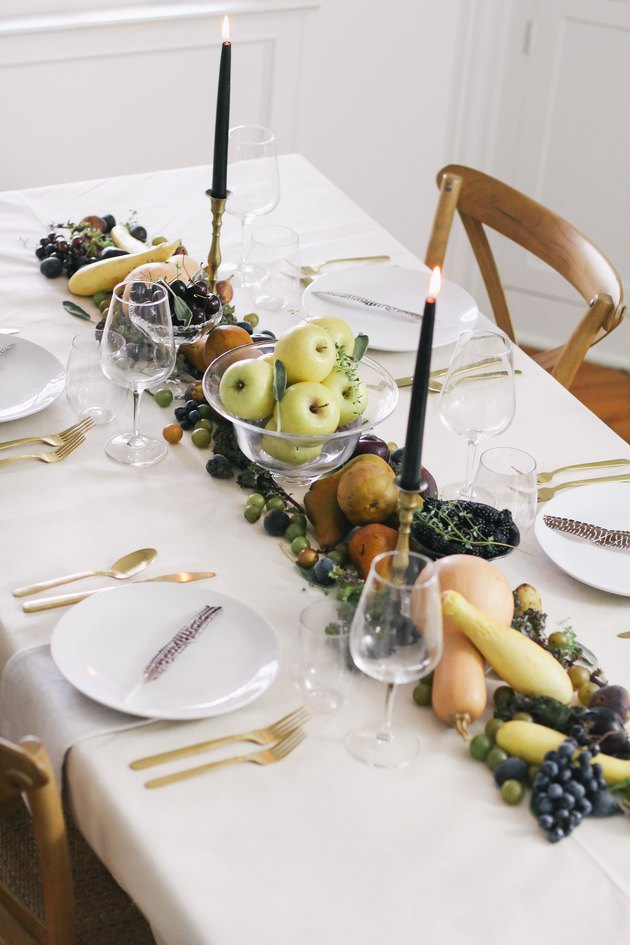 Thanksgiving table runner DIY