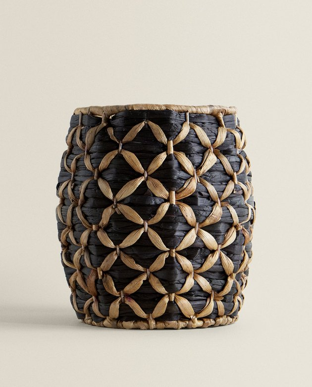 basket with two tones