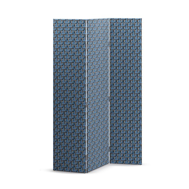 blue trifold screen