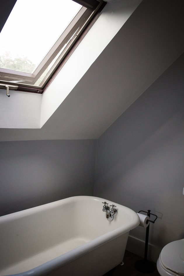 Bathroom with Skylight Over Bathtub