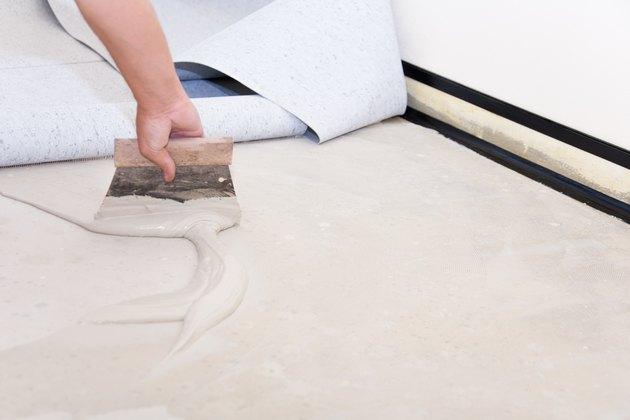 Installing PVC floor