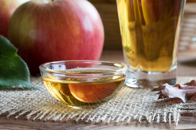 Apple cider vinegar in a glass bowl