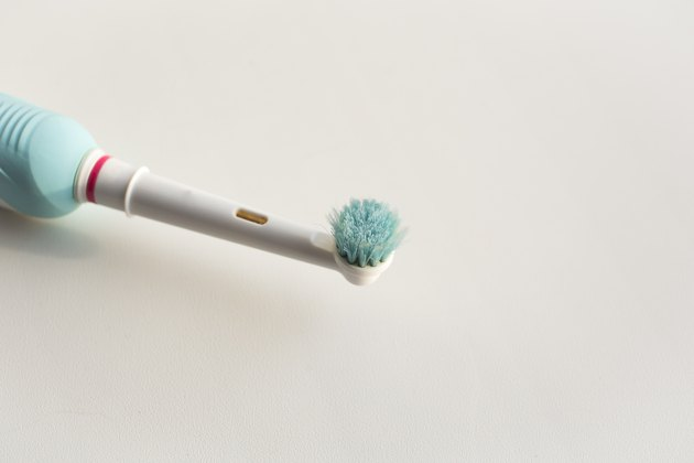 old head electric toothbrush