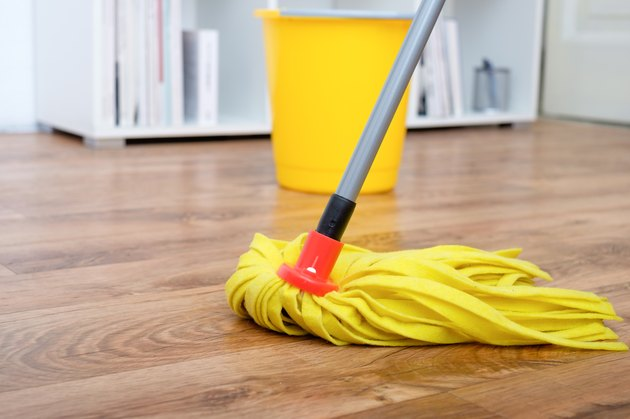 Cleaning tools on parquet