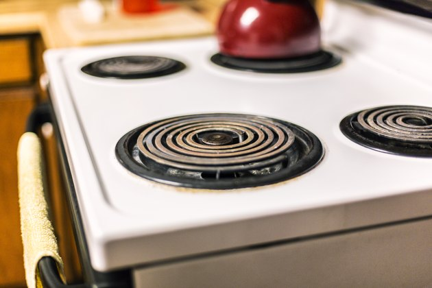 Corroded Kitchen Electric Range Cooking Stovetop Circular Burners