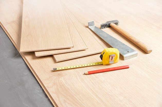 laminate floor tools for install it