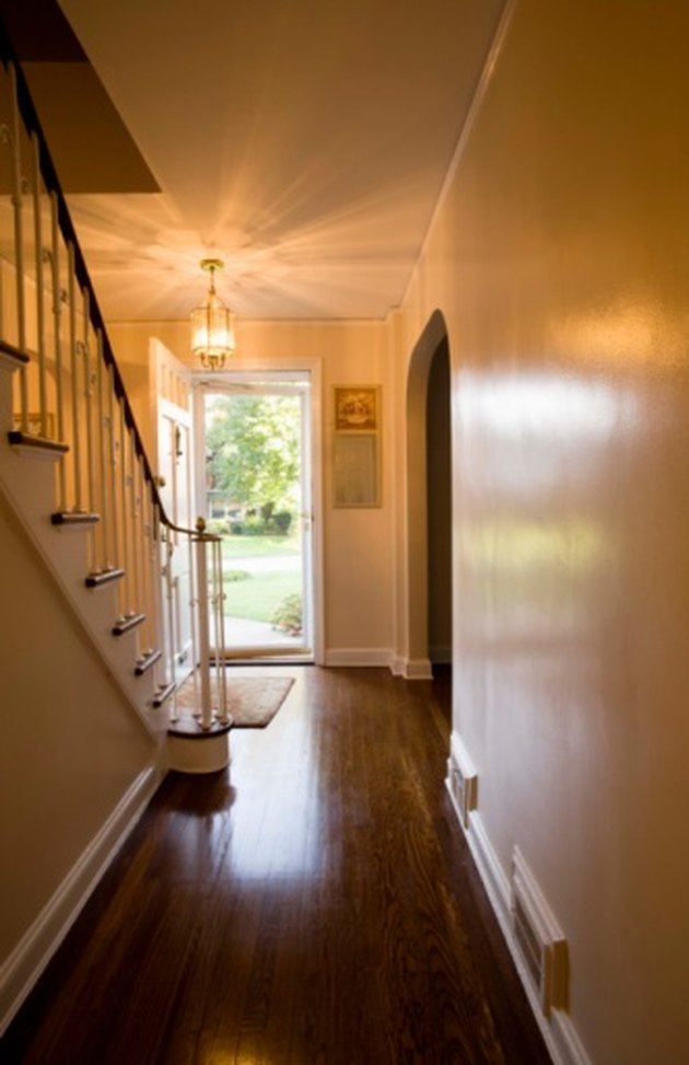 How to Remove Black Spots From Hardwood Floors