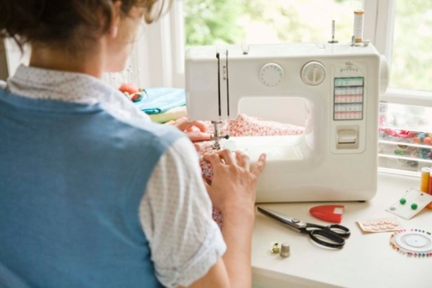 How to Adjust Lycra Sewing Machine Tension