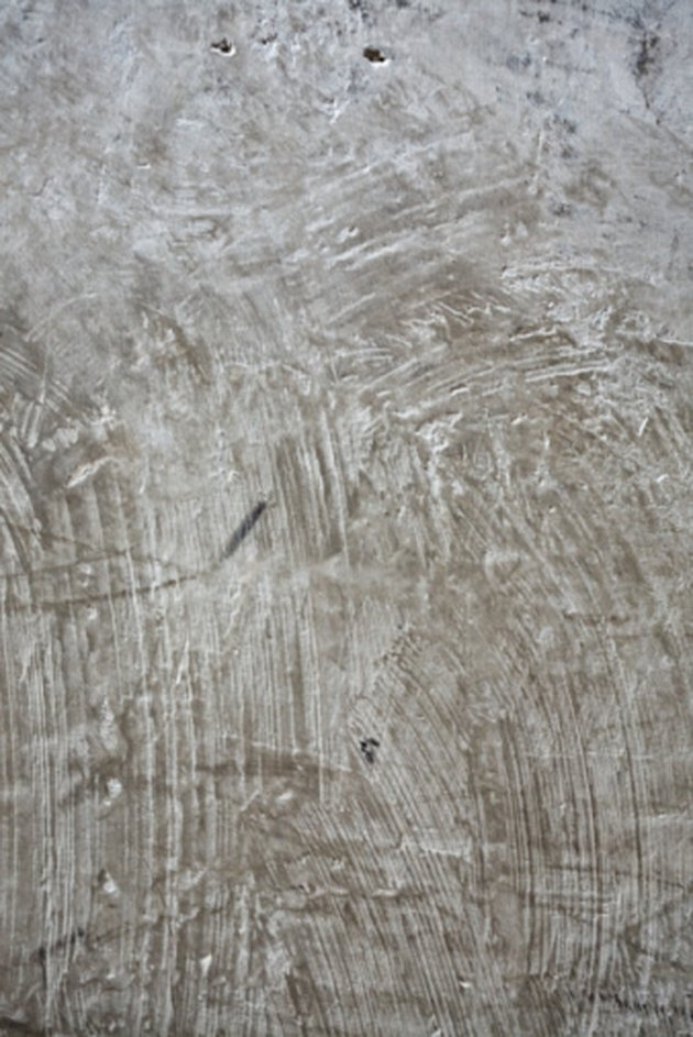 How to Clean Concrete With TSP