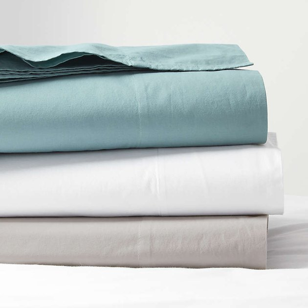 blue white and gray sheets