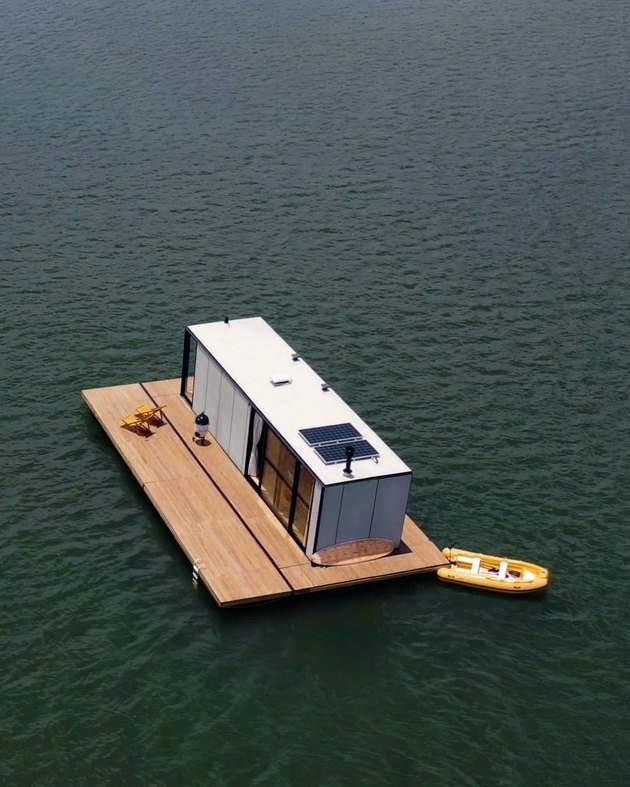 floating house on water