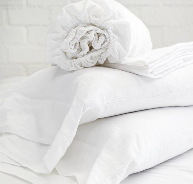 White sheets and pillows