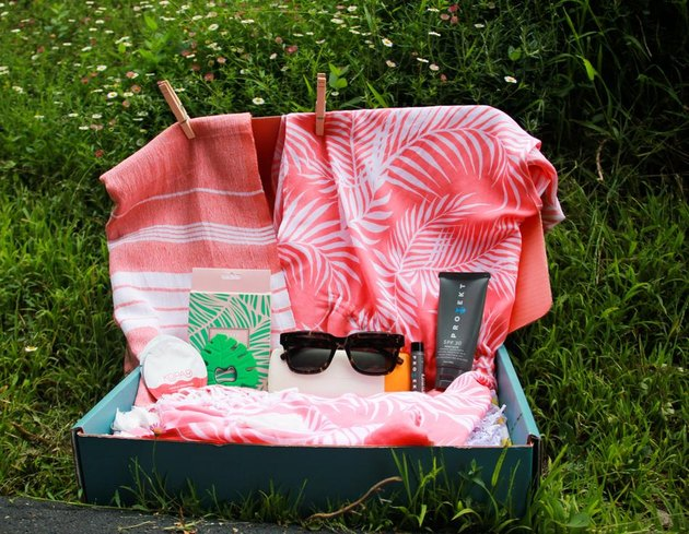 Beachly box