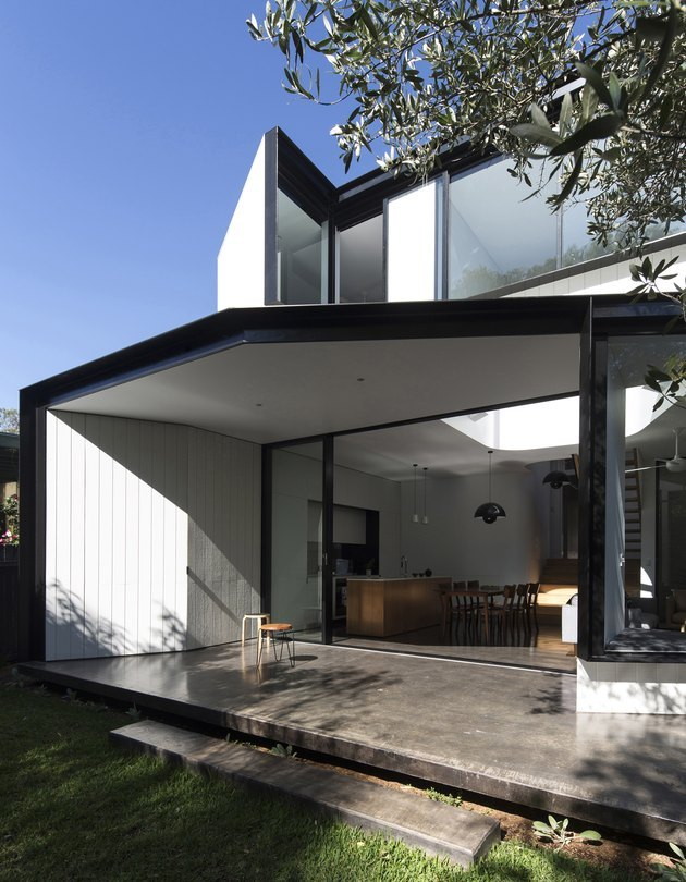 eco-friendly home design with white and black home exterior