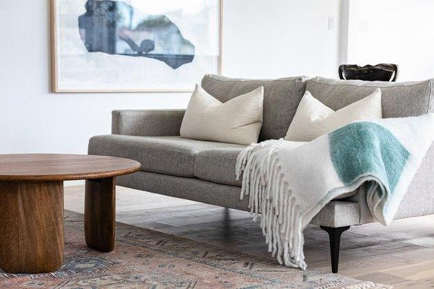 House Cleaning Ideas for a clean and tidy living room