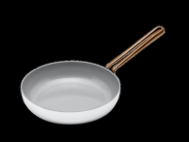 white ceramic pan